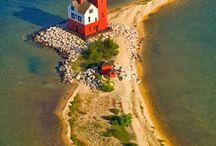 Lighthouses / Stunning lighthouses all over the world