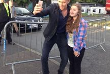 Tom Hiddleston - with his fans