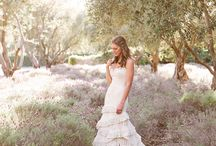 {Wedding} Dresses