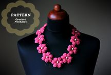 flower crotchet necklace