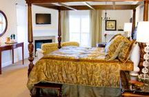 Spa Suites / King Beds, fireplaces, and Jacuzzis are just the beginning of the amenities in these luxurious and elegant suites with private balconies and inspiring views. Our five Spa Suites are located in our Le Spa Foret building adjacent to the main Manor building.
