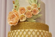 Gorgeous gold decor with handmade blush, chocolate roses
