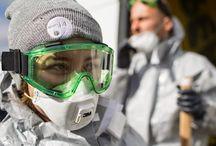 Komi, un pueblo envenenado por el petróleo. / Una patrulla de investigación de Greenpeace recorre la zona de un derrame de petróleo en Komi, Rusia.  Exigimos un freno a la perforación petrolera en el Ártico. Sumate vos también en www.salvaelartico.org