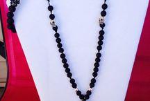 Skull gemstone necklace