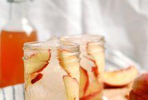 Boozy peaches / Drink your peaches