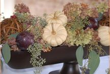 Thanksgiving Centerpieces I Love / by Lucy Clerkin