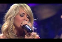 That Woman Can Sing! / The voices that I admire!