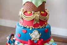 Maquete Bolo Infantil / Para a festa do seu  filho(a) a maquete personalizada da Maria Amélia Doces.