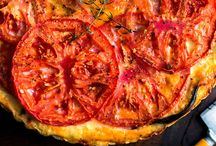 Summer recipes / Food best eaten in the summer with seasonal produce.  / by Christine Newkirk