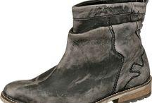 Mode / Kleidung Schuhe