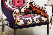 Bold and vibrant pattern / This spring, bold, vibrant and modern prints are at the forefront of interior design. Here's some of our favourites!