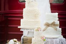 Wedding Cakes / by Jules Roberts