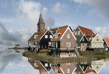 reflection / Spiegelingen in het water