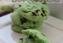 St. Patrick's Day / Recipes and party foods that are green for serving at a St. Patrick's Day party.