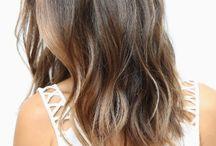 medium hair ><