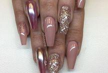 Vackra naglar