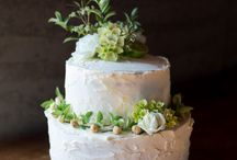 Fully Iced and Semi-naked wedding cakes