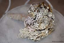bouquets...brooch or fabric / by Winnie Hill