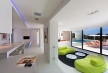 Our interior projects / Interieuradvies ontwerp en reasilatie.