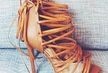 Sneackers & High Heels