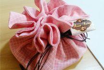 Porta Bijus/jóias / Porta bijus/jóias em tecido 100% algodão. Ideal para organizar bolsas e malas de viagem