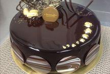 Cakes- Mirror Glaze
