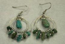 Jewelry - Earrings / by Barbara Nelms