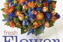 flower arrangements / by Joann Disalvo