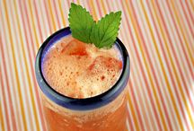Beverages and Smoothies / by Jennifer Churilla