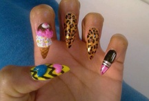 pointed nails minaj