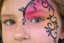 Kinder make up
