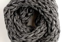 Scarves, Cowls and Shawls / by Mailisia Lemus