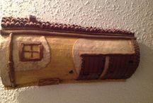 Tejas decoradas con pasta de papel / Tejas