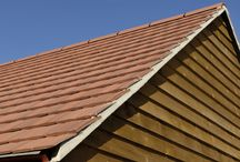 Mini Stonewold / With its imperial size and proven track record, Stonewold II is quick to install and is particularly suited to larger roofs.