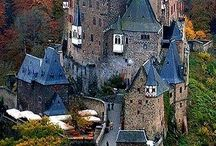 Castles and manors. / Castles, chateaus, manors and other building with a royal flair.