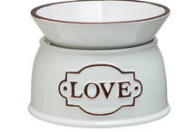 Linda's scentsy  magic / Come along and let us help you get the most from Scentsy warmers and fragrances. Visit my website www.nicolettesgift.scentsy.co.nz