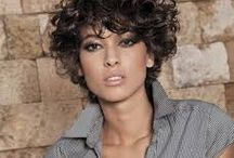 hairstyle curly short