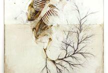 """Nunzio Paci / Nunzio Paci , Bologna 1977 - Vive e lavora in Italia """"Il mio lavoro intere con il rapporto tra uomo e natura, in particolare con gli animali e le piante. Il focus della mia osservazione è il corpo con le sue mutazioni. La mia intenzione è quella di esplorare le infinite possibilità della vita, alla ricerca di un equilibrio tra realtà e immaginazione. """"  http://www.nunziopaci.it/ http://nunzio-paci.blogspot.it/"""