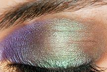Beautiful hair and make-up / by Belinda Gunn
