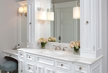 Master bathroom / by Jessica Thompson