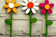 Recycled pallet wood - garden flowers