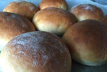Brød - boller m v