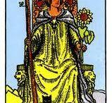 Reina de Varas - Queen of Wands