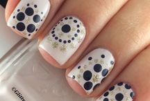 nail dotting designs
