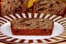 Food: Breads / by Kelly Allen