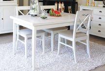 Mesas de comedor / Te proponemos mesas de comedor para amueblar tu casa. Mesas de comedor de eestilo clásico, colonial, modernas, provenzales o vintage. Mesas de comedor fijas o extensibles; en madera o cristal.