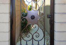 Σιδερένια πόρτα