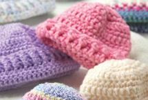 Newborn Baby Crochet Hats / by Hope Lozzio