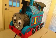 Piñata thomas el tren
