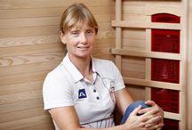 Otevření Sauna Centra se Štěpánkou Hilgertovou / Na začátku září k nám zavítal zvláštní host. Dvojnásobná zlatá olympijská medailistka Štěpánka Hilgertová u nás otevřela největší SaunaCentrum v Evropě. Na ploše 500 m2 v něm najdete 25 infrasaun, 10 vířivek a 10 finských saun, které si můžete vyzkoušet doslova na vlastní kůži. Přijďte se k nám podívat, máme otevřeno 7 dní v týdnu.